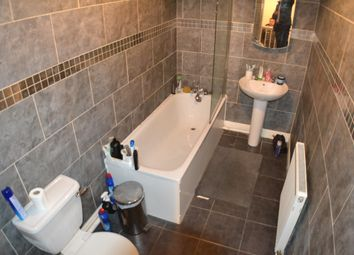 Thumbnail 5 bed town house to rent in Gainsborough Road, Wavertree