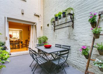 Thumbnail 2 bed flat for sale in Charlwood Street, Pimlico, London