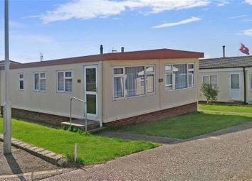 Thumbnail 2 bedroom mobile/park home for sale in Seasalter Lane, Seasalter, Whitstable, Kent