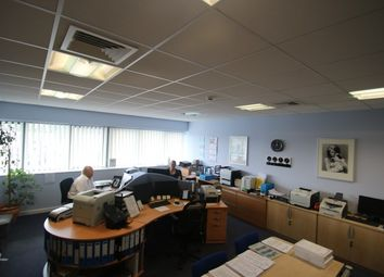Thumbnail Office to let in Veridion Way, Erith
