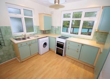 Thumbnail 2 bedroom flat to rent in Gordon Road, Finchley
