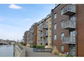 Thumbnail 2 bed flat to rent in Hewetts Quay, Barking