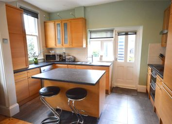 2 bed maisonette to rent in Crescent Road, London N22