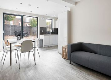 Thumbnail 3 bedroom flat to rent in Cavendish Road, Balham