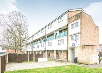 Thumbnail 2 bed flat to rent in Frenchs Wells, Horsell, Woking