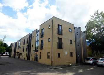 Thumbnail 2 bed flat to rent in London Road, Basingstoke