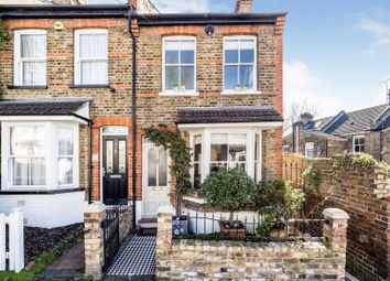Elm Grove, Woodford Green IG8. 2 bed semi-detached house