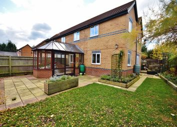 Thumbnail Property to rent in Roding Way, Didcot
