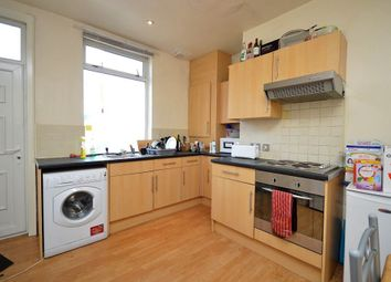 Thumbnail 6 bed terraced house to rent in Delph Lane, Leeds
