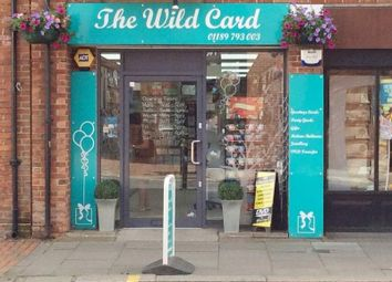 Thumbnail Retail premises for sale in 6A Broad Street, Wokingham