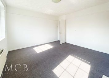 Thumbnail 1 bedroom flat to rent in Hunters Grove, Hayes