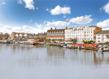 River Terrace, Henley-On-Thames RG9. 2 bed flat