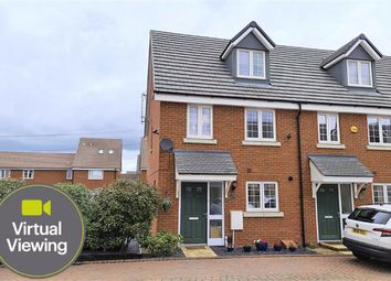 Thumbnail 3 bed town house for sale in Saritor Croft, Leighton Buzzard