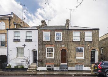 Thumbnail 3 bedroom terraced house to rent in Battersea Bridge Road, London