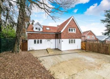 3 bed detached house to rent in Angel Place, Cockshot Hill, Reigate RH2