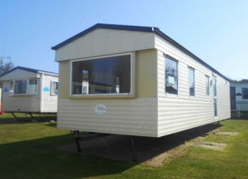 3 bed mobile/park home for sale in Manor Road, Hunstanton PE36