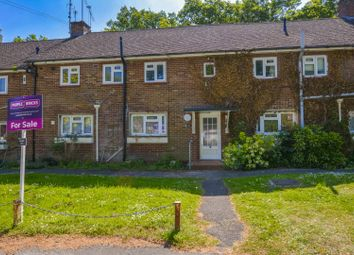 Thumbnail 2 bed flat for sale in Nell Gwynne Close, Ascot