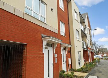 2 bed flat for sale in Bedivere Road, Ifield, Crawley, West Sussex RH11