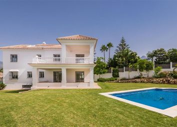 Thumbnail 4 bed villa for sale in Marbella, Málaga, Andalusia, Spain