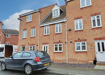 Thumbnail 3 bed terraced house for sale in Linn Park, Kingswood, Hull