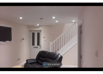 Thumbnail Room to rent in Redshaw Close, Manchester