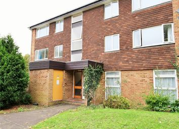 Thumbnail 2 bed flat to rent in Buckingham Avenue, Perivale, Greenford, Greater London