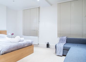 Thumbnail Room to rent in Baker Street, Marylebone Stations, Central London