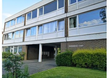 1 bed block of flats to rent in Ravenswood Court, Hillview Road, Woking GU22