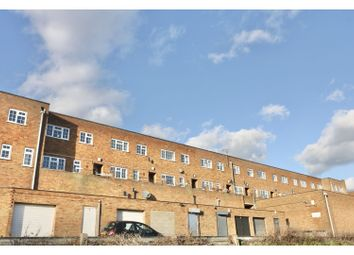 3 bed maisonette for sale in Wells Road, Strood, Rochester ME2