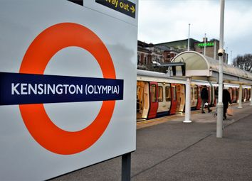 Thumbnail 2 bed flat to rent in Fielding Road, Kensington Olympia
