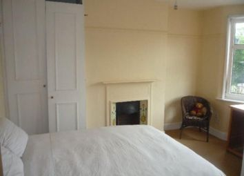 Thumbnail 2 bed flat to rent in Blake Road, New Southgate