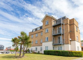 Thumbnail 3 bed flat for sale in Medina View, East Cowes, Isle Of Wight
