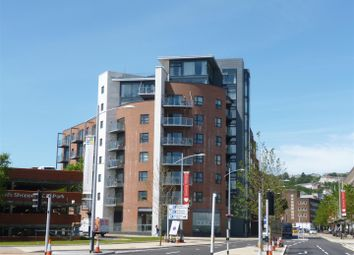 2 bed property to rent in Princess Way, Swansea SA1
