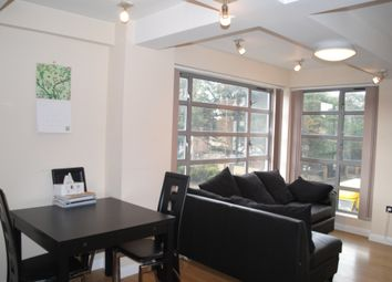 Thumbnail 1 bed flat to rent in Kingsland Road, Hoxton