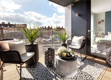 Thumbnail 3 bed flat for sale in Sutherland Street, London