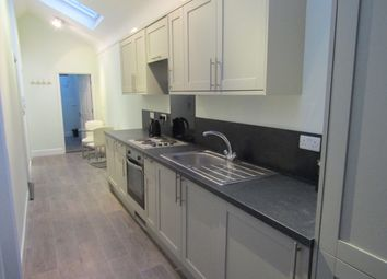 Thumbnail 2 bedroom flat to rent in Kingston Road, Portsmouth, Hampshire