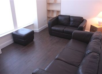 Thumbnail 2 bed flat to rent in Hallcraig Street, Airdrie, Airdrie