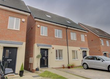 Thumbnail 3 bedroom town house for sale in Welby Road, Hall Green, Birmingham