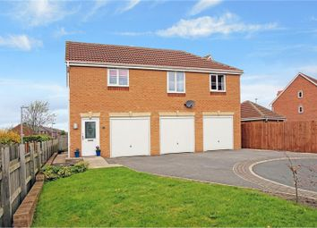 Thumbnail 1 bed flat for sale in Kings Park, Birstall