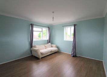 Thumbnail 2 bed flat to rent in Sandford Green, Banbury