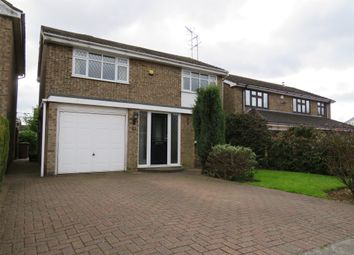 Thumbnail 4 bedroom detached house for sale in Pevensey Close, Luton