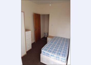 Thumbnail 4 bedroom flat to rent in Wokingham Road, Reading