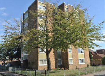 Thumbnail 1 bedroom flat to rent in Grenside Road, Weybridge