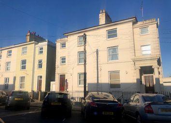Thumbnail 1 bed flat to rent in Pier Road, Northfleet, Gravesend