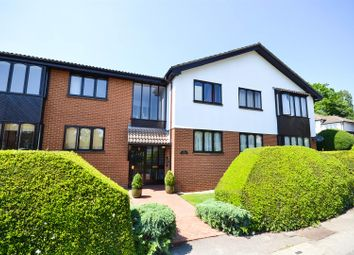 Thumbnail 2 bed flat for sale in Shakespeare Court, Woodville Road, New Barnet
