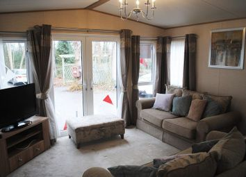 Thumbnail 2 bedroom bungalow for sale in Coghurst Hall Holiday Park, Ivyhouse Lane, Hastings
