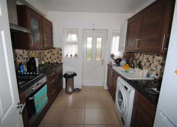 Thumbnail 3 bedroom flat to rent in Palmerston Road, London