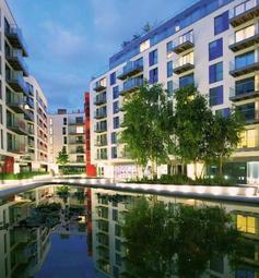 Thumbnail 2 bed flat for sale in Saffron Tower, Saffron Square, Croydon