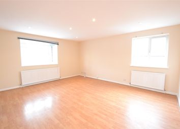 Thumbnail 2 bed flat to rent in Hadley Road, Barnet, Hertfordshire