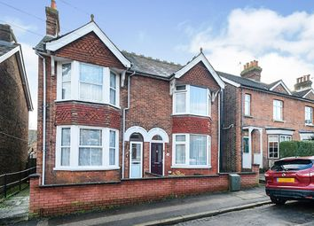 3 bed semi-detached house to rent in Mabledon Road, Tonbridge TN9